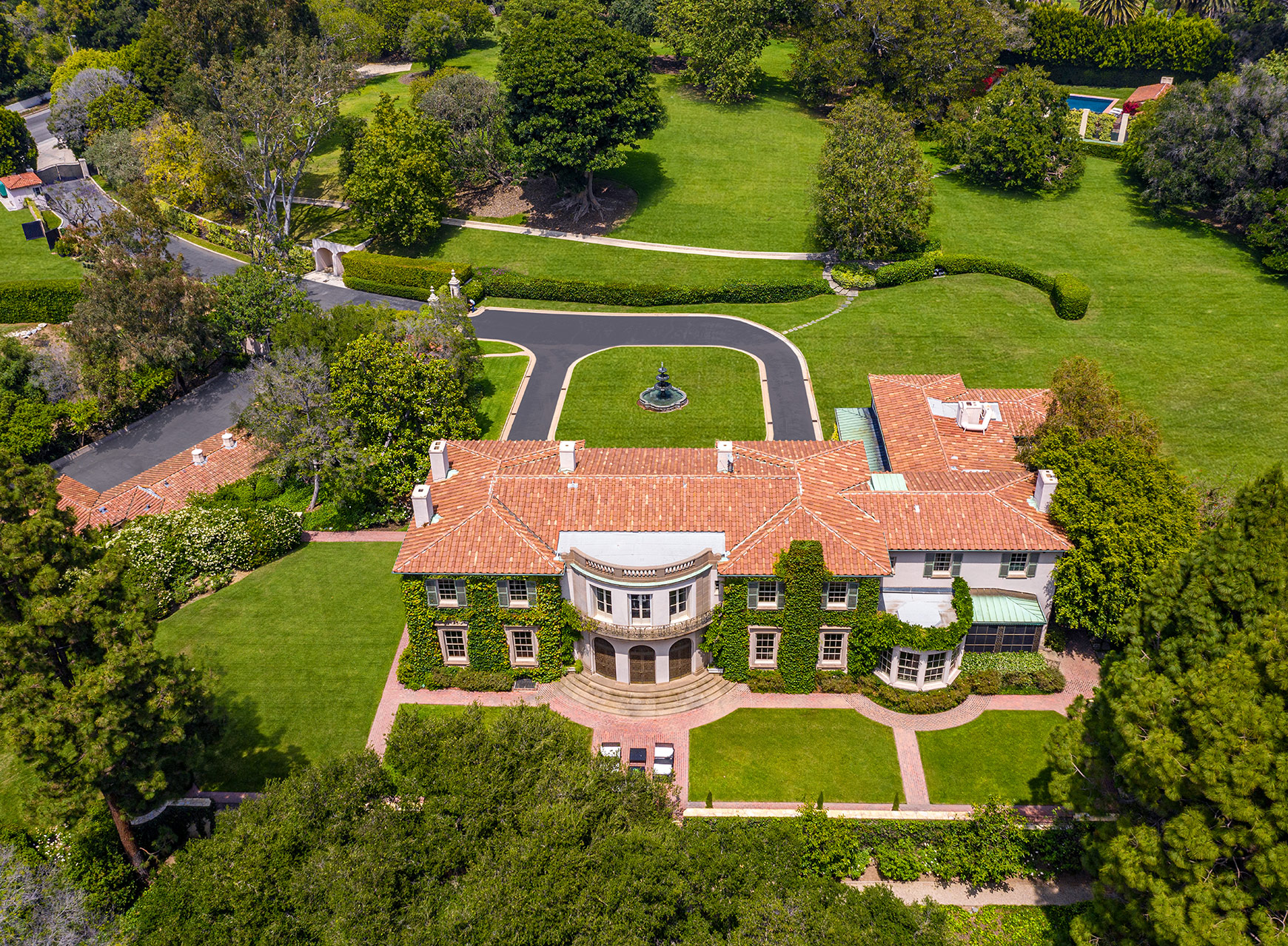 With Ties to Marilyn Monroe and Cher, a Legendary Hollywood Home Is For Sale For $115 Million