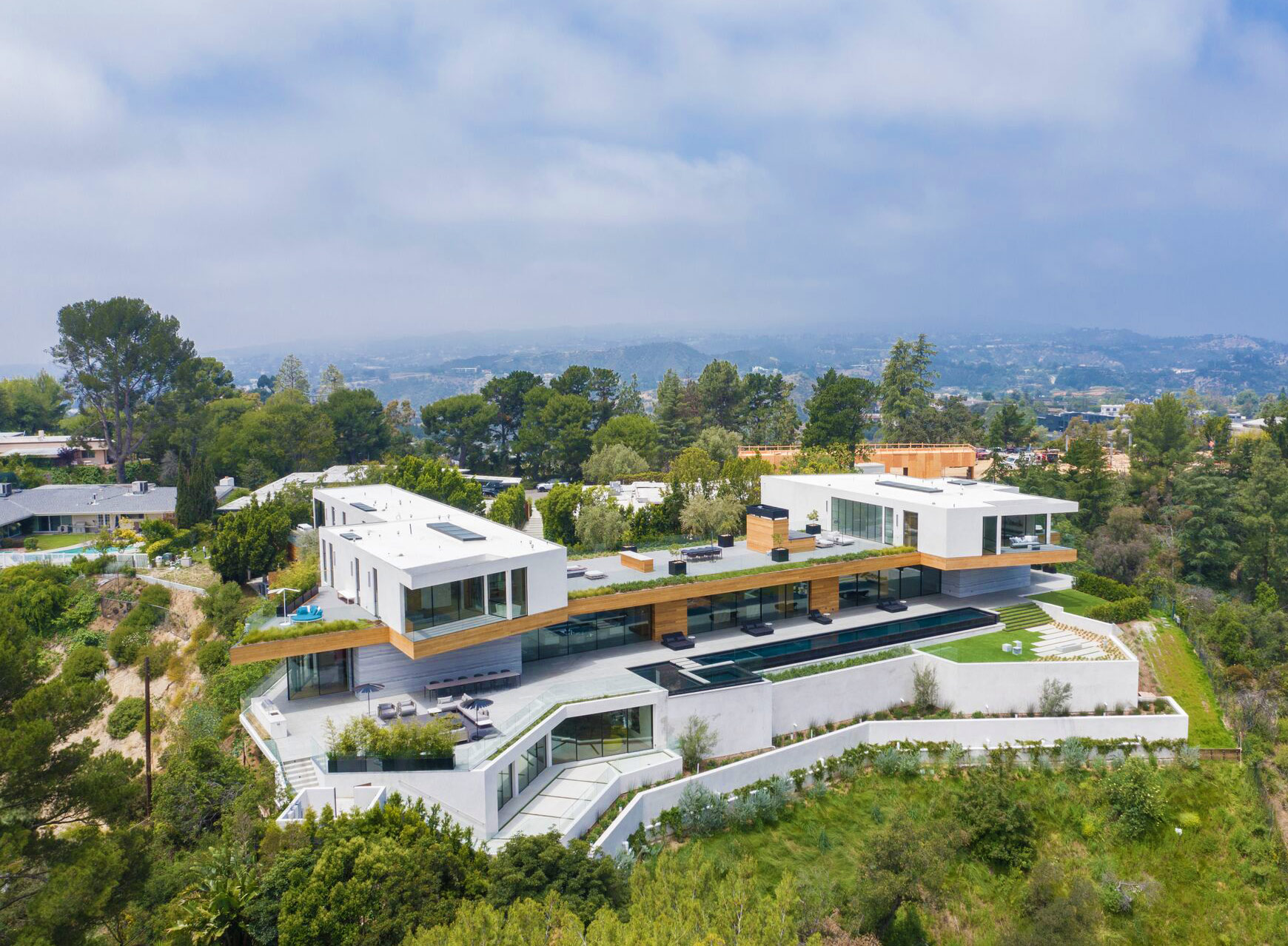 The Rise of the Multimillion-Dollar Spec Home in LA